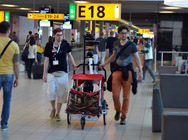 First data collection at Schiphol - Data collection at Schiphol.